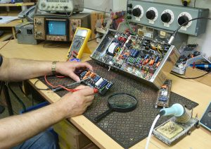 Denis testing Amp circuits